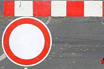 Chystaná rekonstrukce Litvínovického mostu v Č. Budějovicích začíná v neděli od sedmi ráno částečnou uzavírkou.