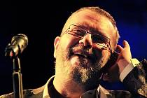 Richard Müller, slovenská popová ikona, zpíval 23. září v českobudějovickém Metropolu. Vyprodaný sál si vybouřil tři přídavky.