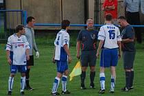 Rozhodčím se ve Vodňanech derby s Osekem příliš nevydařilo.