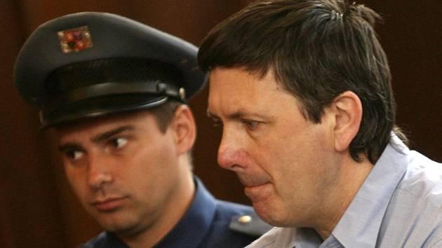 Janu Čermákovi hrozí za loňskou vraždu trest odnětí svobody až na patnáct let, případně trest mimořádný.
