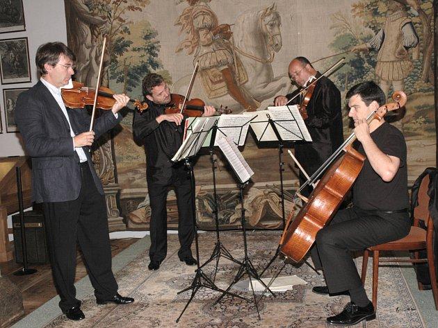 4. ročník festivalu klasické hudby Třeboňská nocturna zahájil vídeňský soubor Ars - Quartett.