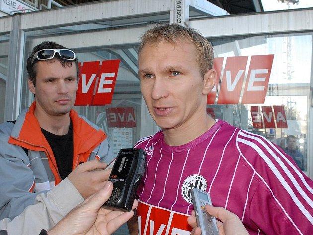 Lubomír Meszároš věří, že v Olomouci fotbalisté Dynama nebudou v nedělním utkání I. ligy bez nadějí.