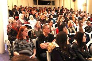 K republikové výzvě Vyjdi ven se připojili studenti na jihu Čech