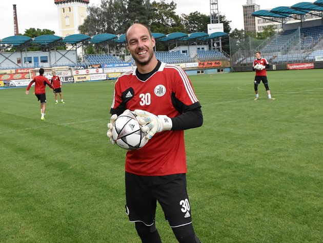 V této sezoně neprůstřelný Zdeněk Křížek zve na páteční duel Dynama se Znojmem.