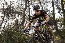 Martin Stošek jezdí na kole skvěle