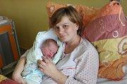 Josef Mička se manželům Monice a Josefovi Mičkovým z Dražíče narodil 28. 10. 2017 ve 12.45 h. Novorozenec vážil 3,85 kg a měřil52 cm. Na malého brášku se těšili sourozenci Eliška, Václav a Kateřina.
