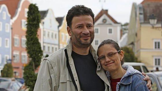 Javier smanželkou Leslie vSchärdingu.