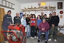 Dobrovolní hasiči z Jankova mají v hasičárně slušnou sbírku trofejí a relikvií. Nechybí mezi nimi ani pořádné unikáty.
