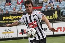 Jaroslav Machovec v zápase Dynama s Mladou Boleslaví (2:1) první gól dal, na druhý nahrál.