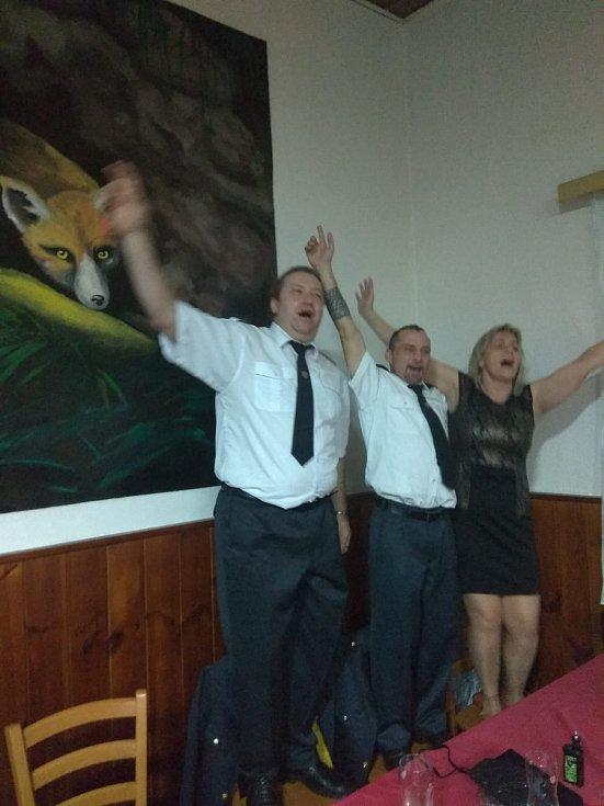 Hasičský ples SDH Hluboká u Borovan.