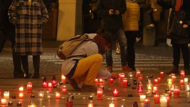 Budějovičáci oslavili 17. listopad na náměstí Přemysla Otakara II.
