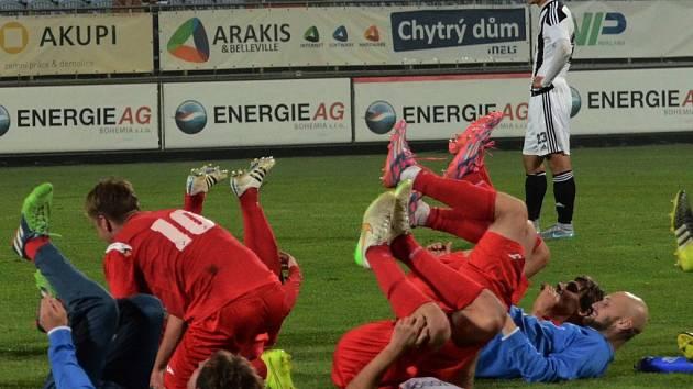 Zatímco fotbalisté Ústí slavili, hráči Dynama smutnili. Po prohře s Ústím čeká Jihočechy v úterý doma pohár s Příbramí.
