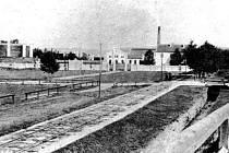 Městská plynárna po roce 1868, pohled od západu.