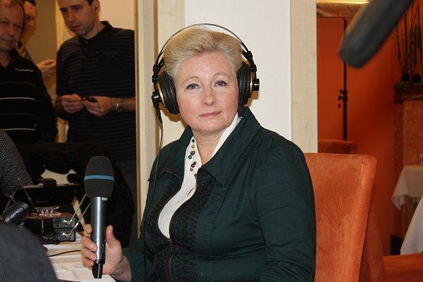 Zuzana Roithová ve svém štábu vTřeboni.