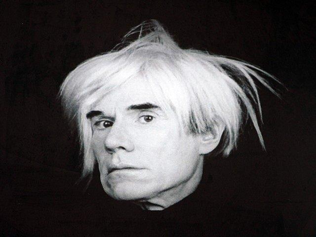 Výstava Andyho Warhola v Alšově jihočeské galerii na Hluboké.