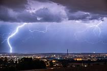 Zachytil bouři nad Českými Budějovicemi