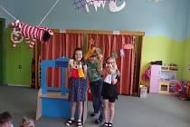 Žáci ZŠ Žimutice nacvičili loutkové představení.