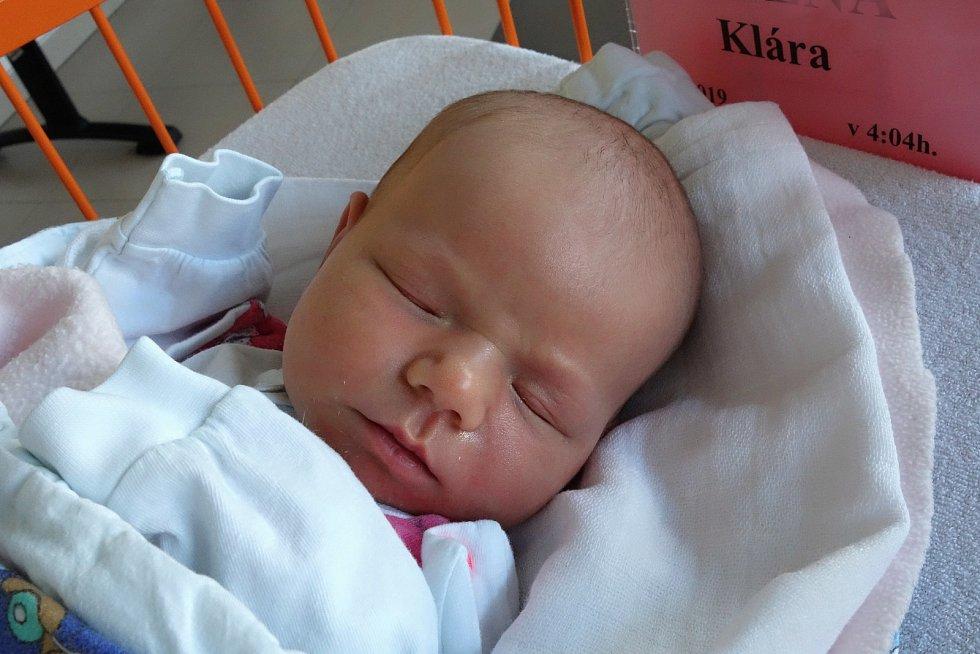 Šťastnými rodiči jsou od 14. 1. 2019 manželé Markéta a František Zelení z krajského města. V tento den se jim ve 4.04 h. narodila dcera Klára Zelená, vážila 3,59 kg.
