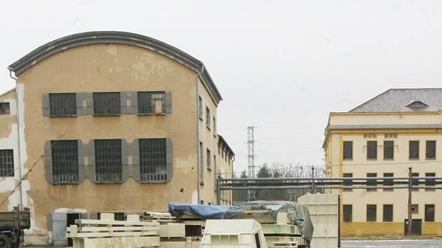 Dva roky po zahájení stavby (na snímku) spustila společnost E.ON nový energoblok na biomasu v Mydlovarech