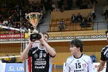 Jihostroj ČB porazil Liberec a divákům představil pohárovou trofej