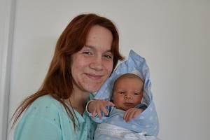 Tobiáš Velek z Písku. Prvorozený syn Jany Velkové a Jana Zemana se narodil 31. 3. 2021 ve 12.12 hodin. Při narození vážil 4300 g a měřil 53 cm.