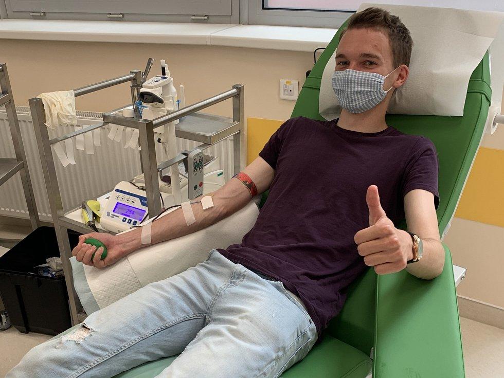 Fotbalisté FC MAS Táborsko darovali krev