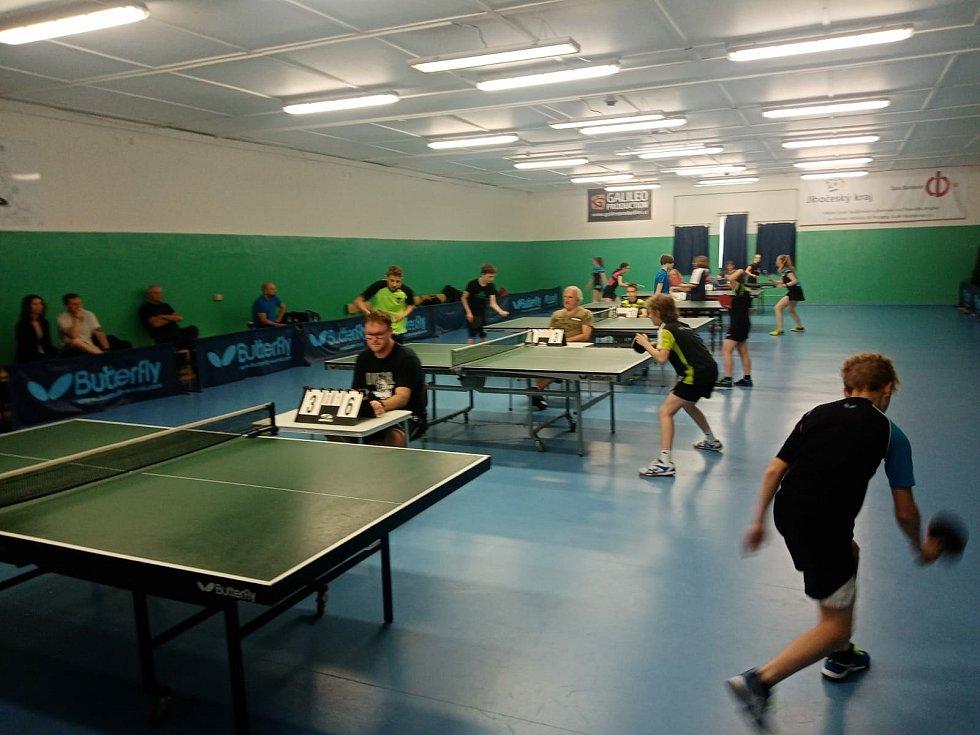 Na Pedagogu se odehrál krajský přebor družstev ve stolním tenisu.