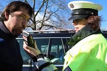Čtvrteční dopravně preventivní akce Řídím – piju nealko se týkala dvacítky řidičů. Všichni měli doklady v pořádku a nenadýchali ani náznak alkoholu.