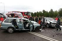 Na Dlouhé louce nedaleko Tesca došlo tento týden již ke dvěma nehodám. Obě s těžkým zraněním řidičů.