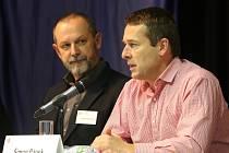 Na Jihočeské univerzitě se mluvilo o svbodě. Zprava: Šimon Pánek, Člověk v tísni a Alexandr Mitrofanov, Právo