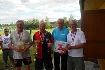1. místo (zleva) Josef Kozel, Ladislav Švík, Miroslav Schneider (vedoucí družstva), Ctibor Barták, (chybí Václav Podola)