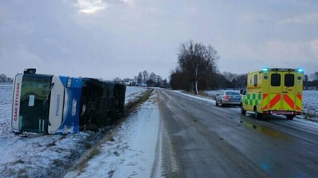 Nehoda linkového autobusu na trase České Budějovice - Vodňany.
