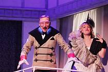 Pane, vy jste vdova na scéně Jihočeského divadla v Českých Budějovicích.