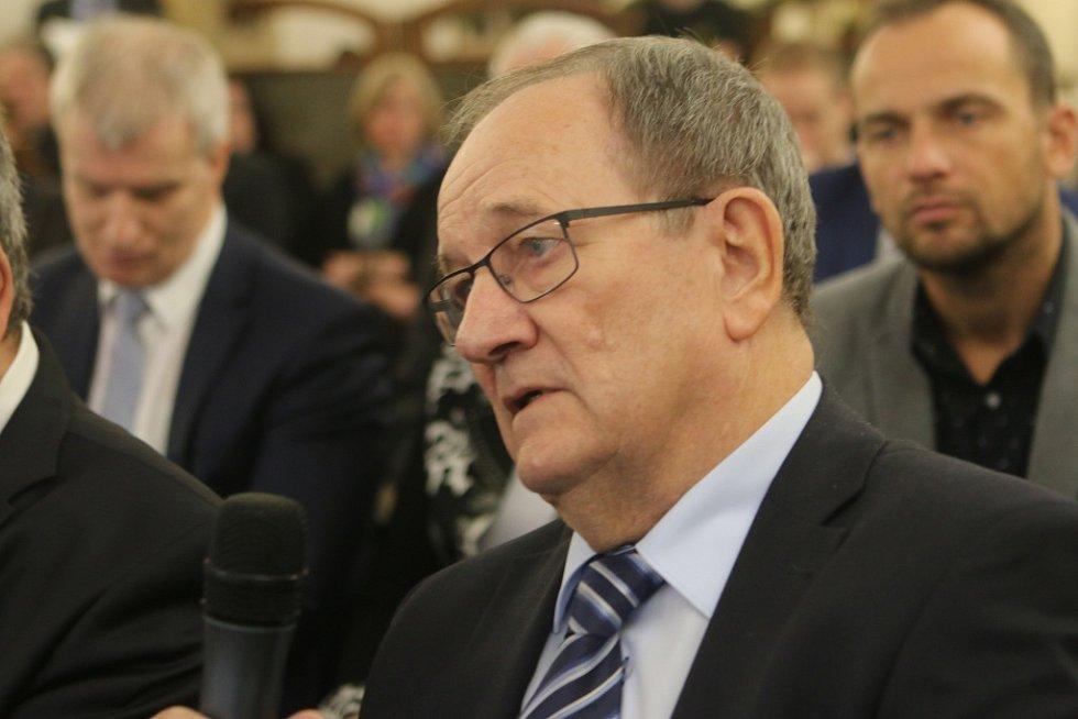 Setkání s hejtmanem Jihočeského kraje. Na snímku generální ředitel Jihostroje Velešín Jiří Gerle.