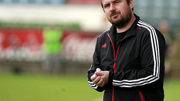 Fotbalový trenér Zdeněk Psotka na stadionu v Českých Budějovicích