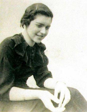 Louise Hermanová, rozená  Freundová.