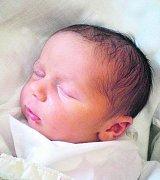 Prvorozený Tadeáš František Mikoláš poprvé vykoukl na svět v 8.14 hodin 25.10.2010. Pyšnou maminkou 3,6 kg vážícího chlapečka je Lenka Mikolášová. Na miminko už se doma v Českých Budějovicích všichni těší.