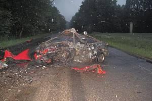 Tragická nehoda se stala v neděli ráno u Hluboké.