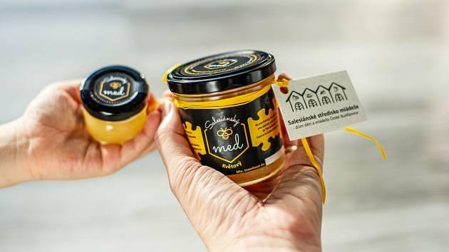 Salesiánské středisko mládeže České Budějovice zahájilo prodej vlastního medu.