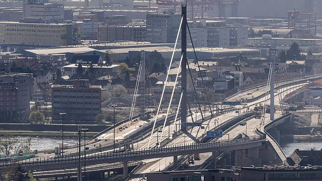 Most dostal bypassy.