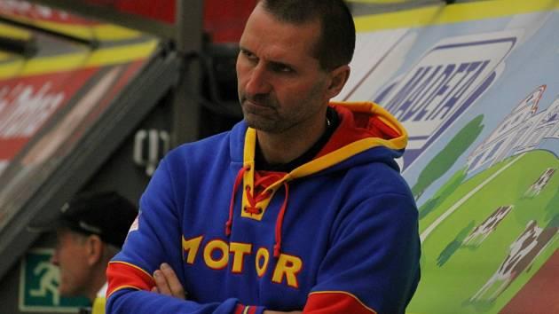 Trenér juniorů Motoru Luboš Rob.