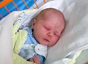 Rovné 4 kg vážil po narození Tobias Bžoch. Maminka Zuzana Presslová ho přivedla na svět v neděli 2. 4. 2017 v  9.25 hodin. chlapec vyroste v Českých Budějovicích.