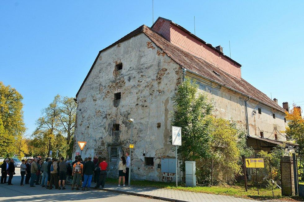 V rámci Dne architektury se v sobotu odpoledne uskutečnila v Týně nad Vltavou komentovaná prohlídka barokní sýpky z 18. století.