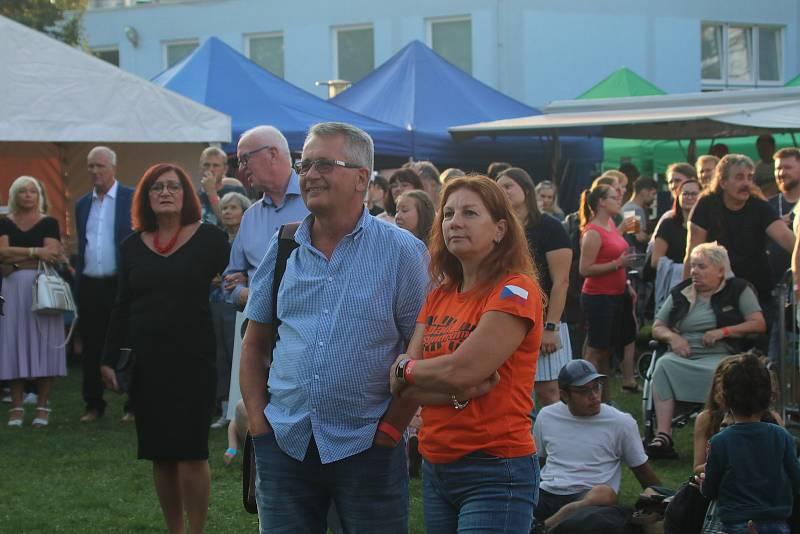 Sokolský ostrov v Českých Budějovicích byl svědkem oslav 30. výročí založení Jihočeské univerzity.