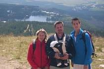Vítěz Závodu míru 1993 Jaroslav Bílek s rodinou