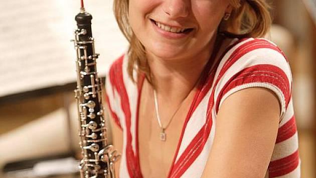 Na hoboj hraje Hana Šedivá od svých 12 let. Již čtvrtou sezonu je členkou Jihočeské komorní filharmonie. Jejím snem je podívat se s orchestrem do Japonska nebo Ameriky