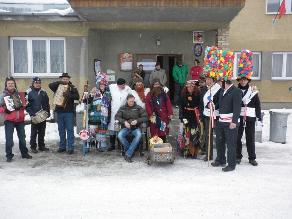 Masopustní koleda ve Zvíkově.