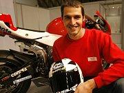 Matěj Smrž poprvé v kariéře v závodě mistrovství světa superbiků.