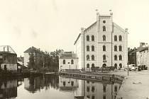 KDYSI: Přední mlýn v rozmezí let 1929 až 1931.