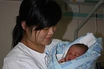 U přelomu historie budějovické porodnice byly v pondělí Nguyen Thi Dieu Thuy. Její syn Ho Trong Khang přišel na svět jako poslední dítě ve staré budově gynekologického oddělení.